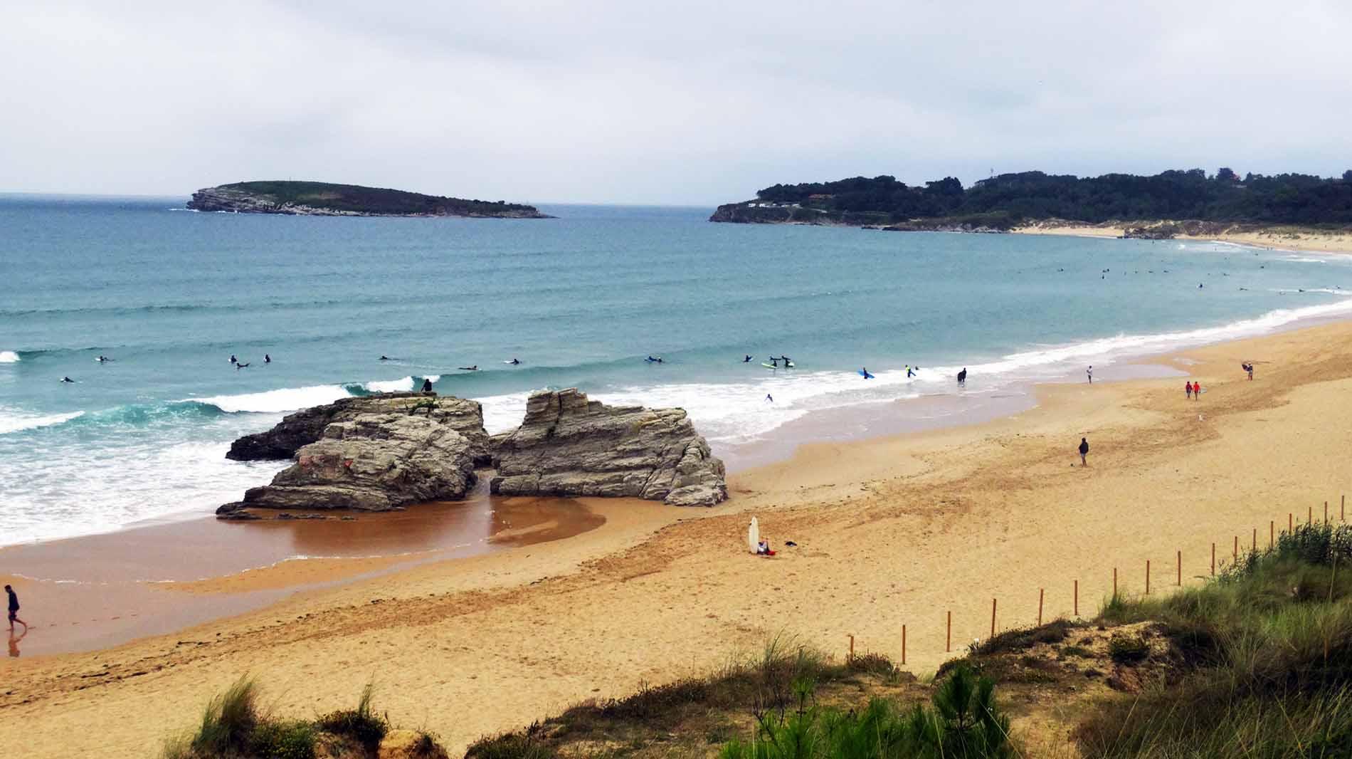 SurfCamp en Somo y Loredo - Playa de Somo - LaWaveSurf