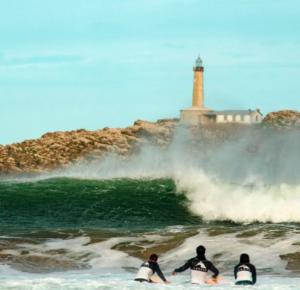 escuela de surf en Cantabria, La Wave Surf Co